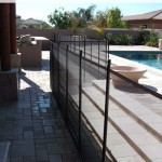 Removable Pool Fence straight line with 90 degree angle installation